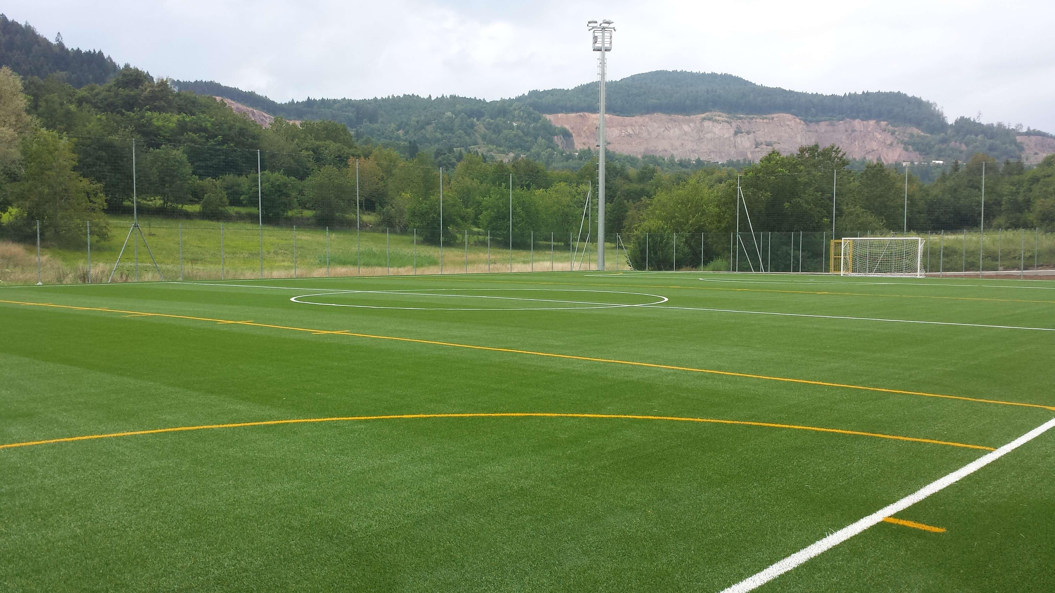 Riqualificazione campo sportivo di fornace trento for Campo sportivo seminterrato