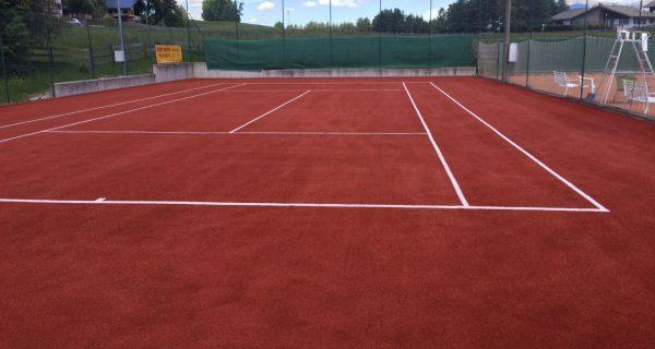 Rifacimento campo tennis in erba sintetica Nova Ponente-Bolzano