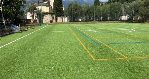 Torbole (TN) Realizzazione campo polivalente calcetto/tennis/pallavolo in erba sintetica