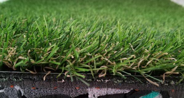 Novità! Tappetino antishock con erba sintetica